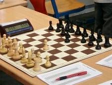 Chessimo-Juli2017-StefanU8_crop_225x170